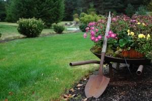 Садовая лопата